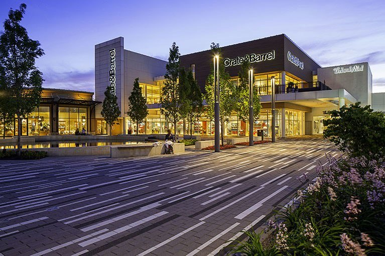 Oakbrook Center Shopping Mall In Oak Brook Il